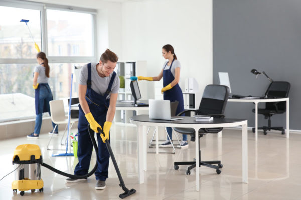 خدمات تنظيف دبي